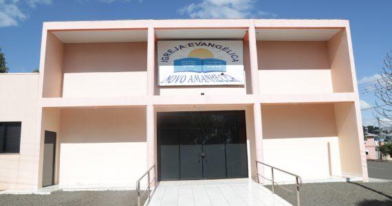 http://lindasc.com.br/loja/igreja-evangelica-novo-amanhecer/