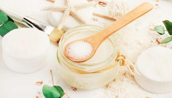 Água de arroz: conheça os benefícios da técnica para a pele e o cabelo