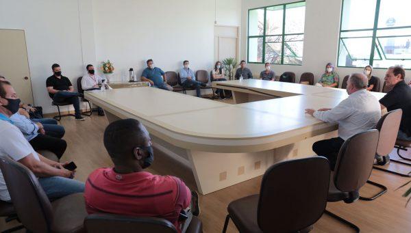 Administração dialoga com empresários do setor turístico