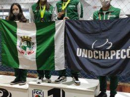 Karatê Chapecoense traz bronze e ouro pra casa
